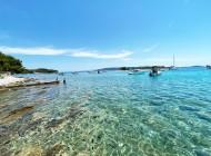 Go-to-swimm-in-Blue-Lagoon-Croatia