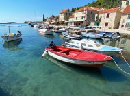 Boat-in-a-harbour-Solta-Maslinica